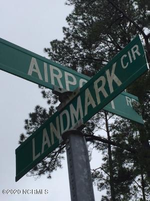 709 Airport Road, New Bern, North Carolina 28560, ,Undeveloped,For sale,Airport,100211000