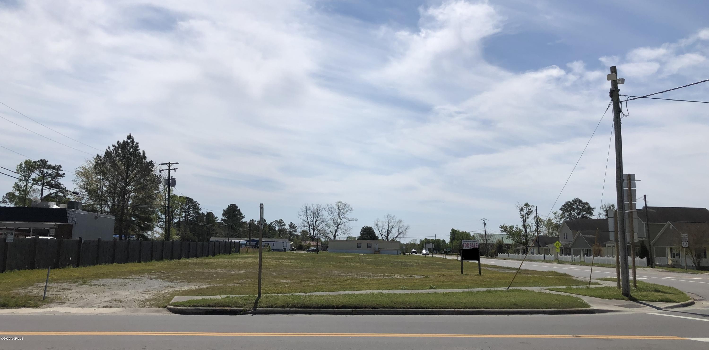 803/805 Main Street, Maysville, North Carolina 28555, ,For sale,Main,80138955