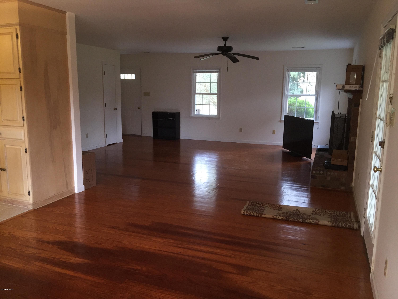 404 Ragan Road, Oriental, North Carolina 28571, 3 Bedrooms Bedrooms, 6 Rooms Rooms,2 BathroomsBathrooms,Single family residence,For sale,Ragan,100214602