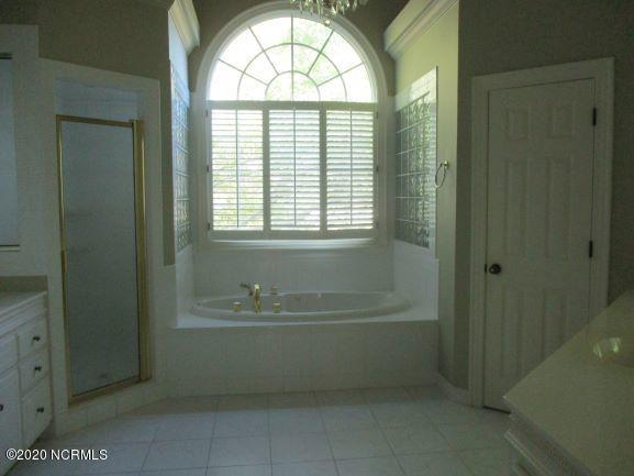 109 Claremont Court, Rocky Mount, North Carolina 27804, 6 Bedrooms Bedrooms, 11 Rooms Rooms,3 BathroomsBathrooms,Single family residence,For sale,Claremont,100215162