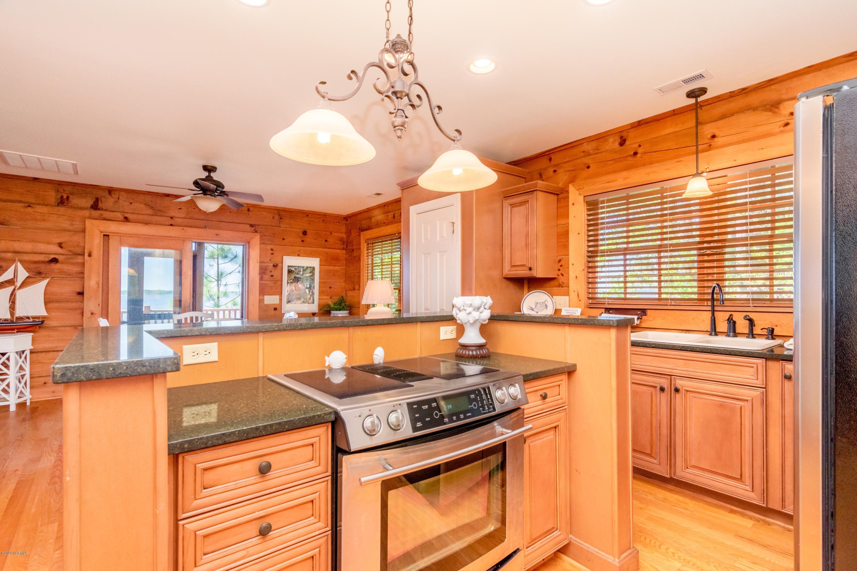 494 Kugler Kamp Road, Washington, North Carolina 27889, 3 Bedrooms Bedrooms, 10 Rooms Rooms,3 BathroomsBathrooms,Single family residence,For sale,Kugler Kamp,100215526