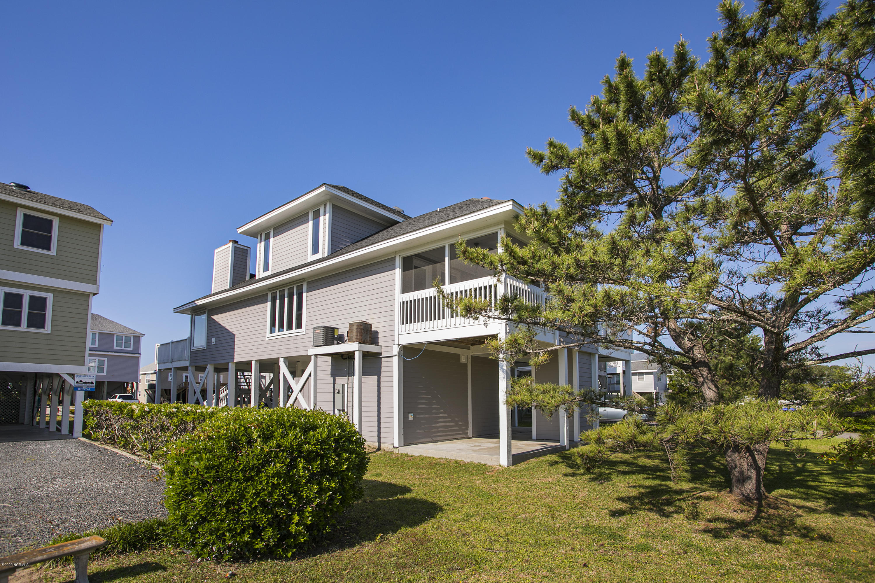 2228 Beach Drive, Oak Island, North Carolina 28465, 5 Bedrooms Bedrooms, 7 Rooms Rooms,3 BathroomsBathrooms,Single family residence,For sale,Beach,100216711