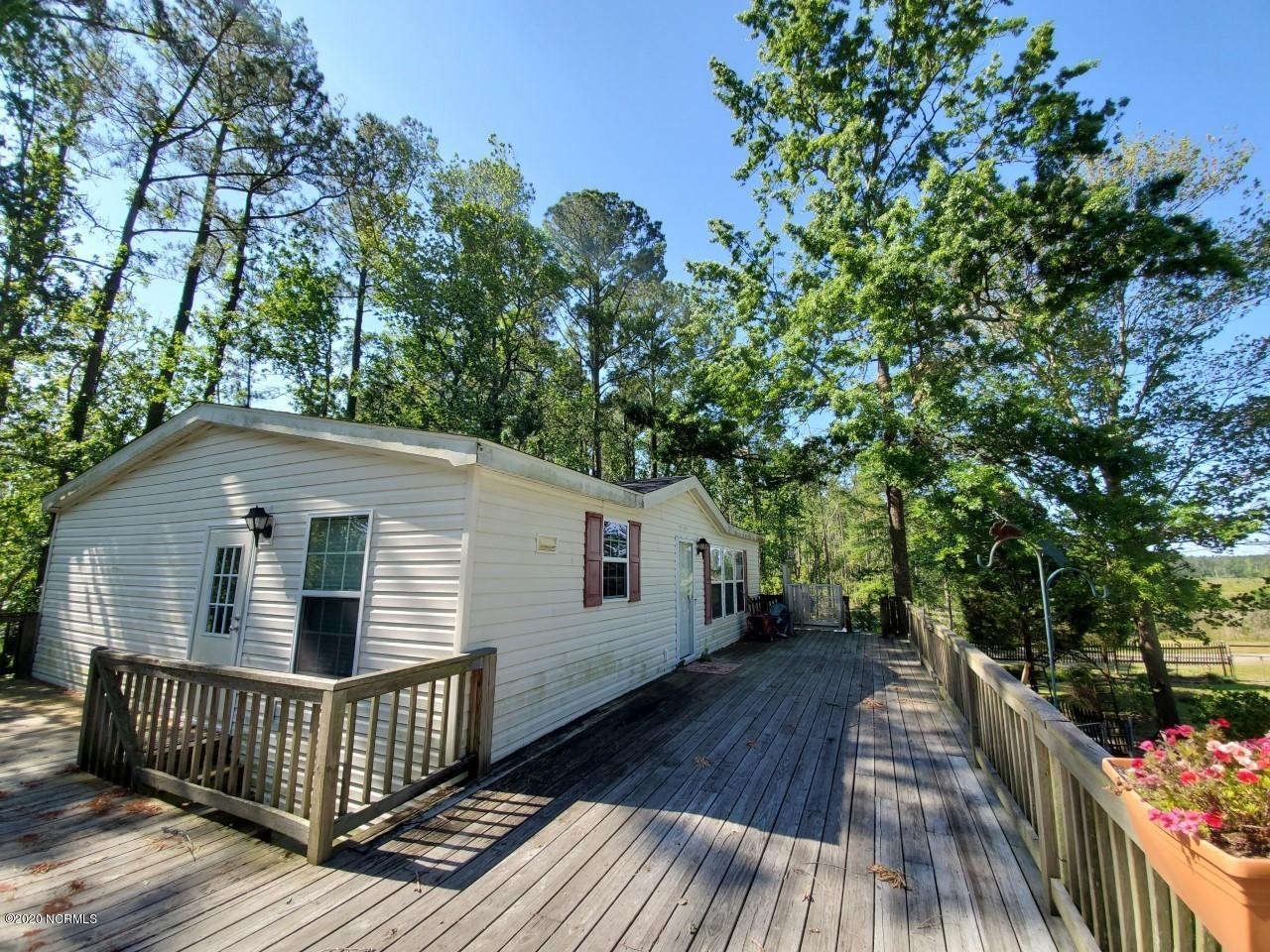 152 Lee Street, Aurora, North Carolina 27806, 2 Bedrooms Bedrooms, 5 Rooms Rooms,2 BathroomsBathrooms,Manufactured home,For sale,Lee,100217005