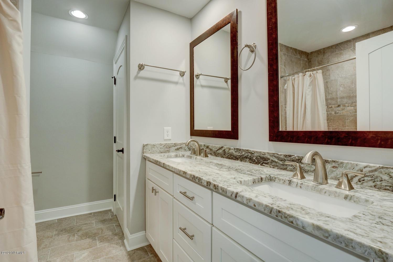 2128 Harborway Drive, Wilmington, North Carolina 28405, 5 Bedrooms Bedrooms, 11 Rooms Rooms,3 BathroomsBathrooms,Single family residence,For sale,Harborway,100218849