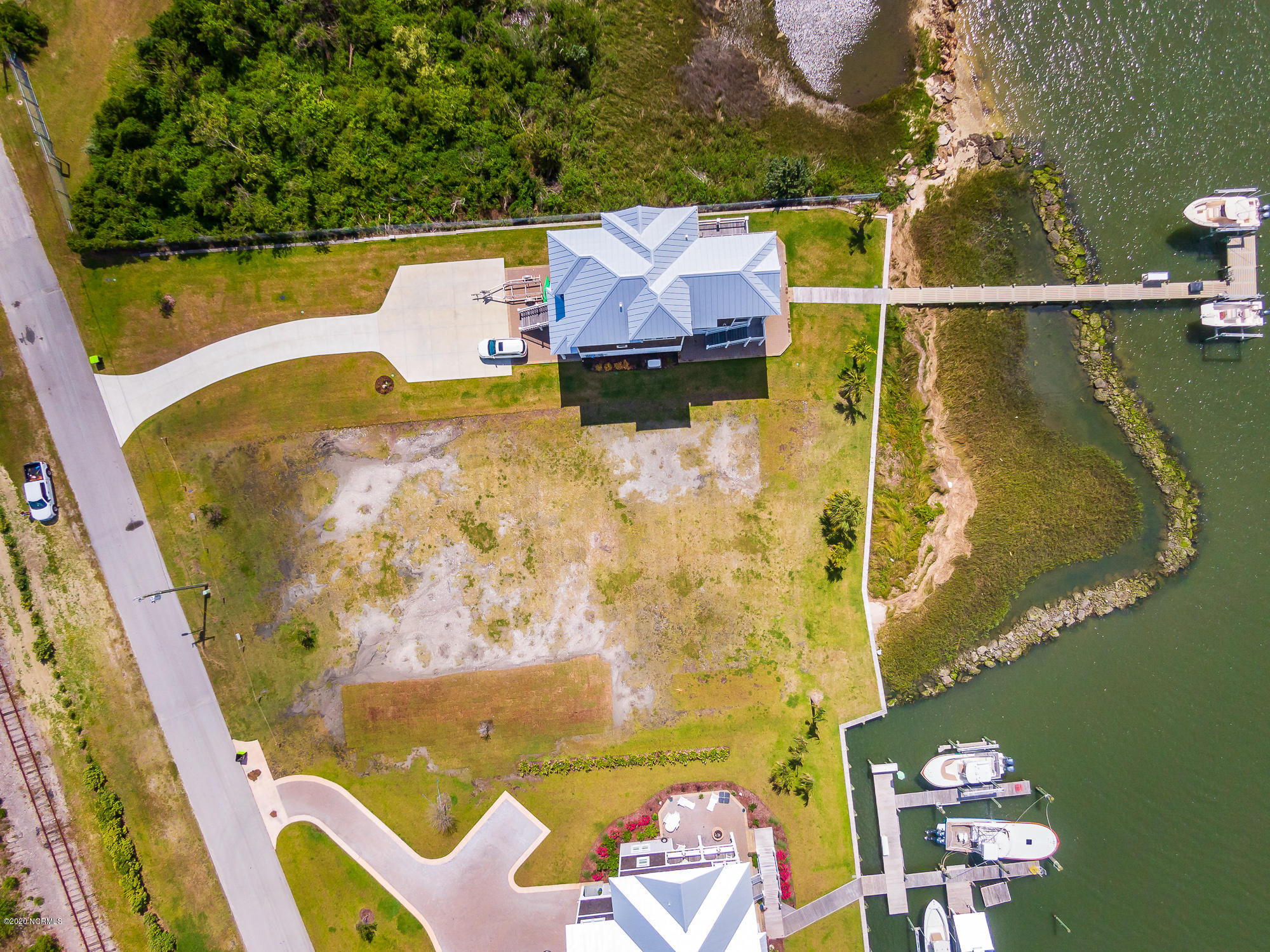 216 Radio Island Road, Morehead City, North Carolina 28557, ,Residential land,For sale,Radio Island,100218895