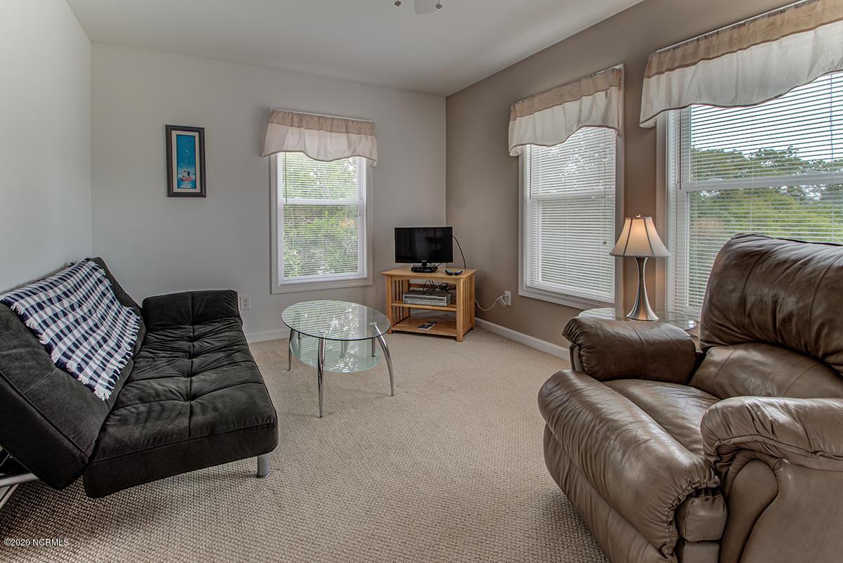 602 Oak Island Drive, Oak Island, North Carolina 28465, 5 Bedrooms Bedrooms, 11 Rooms Rooms,4 BathroomsBathrooms,Single family residence,For sale,Oak Island,100218687