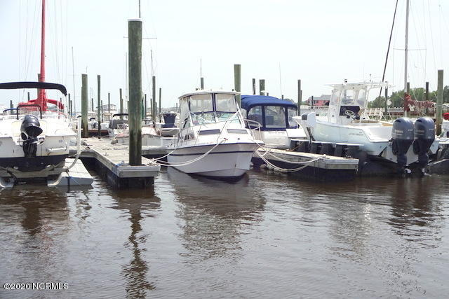 100 Spencer Farlow Drive Slip 16, Carolina Beach, North Carolina 28428, ,Wet,For sale,Spencer Farlow Drive Slip 16,100218847