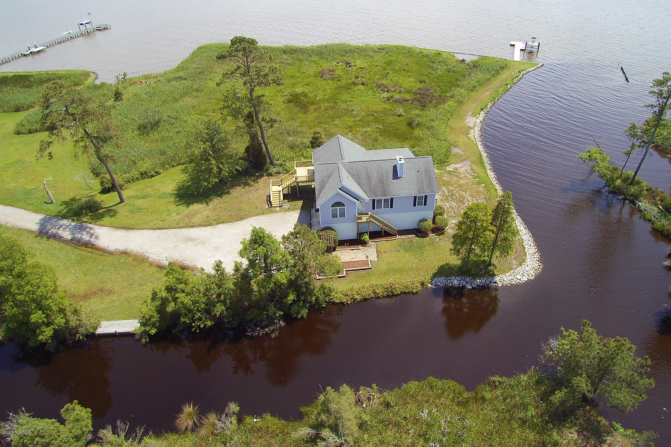 975 Wide Waters Drive, Bath, North Carolina 27808, 3 Bedrooms Bedrooms, 7 Rooms Rooms,2 BathroomsBathrooms,Single family residence,For sale,Wide Waters,100218483