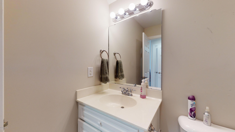 107 Montreux Lane, New Bern, North Carolina 28562, 4 Bedrooms Bedrooms, 8 Rooms Rooms,3 BathroomsBathrooms,Single family residence,For sale,Montreux,100218992