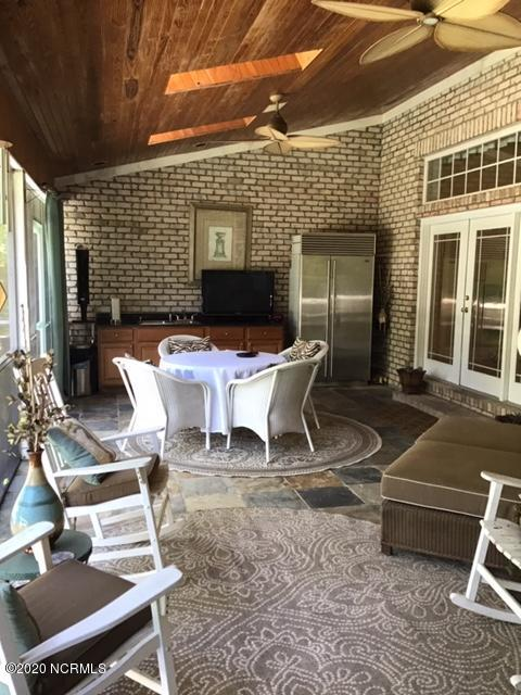 2519 High Valley Court, Bolivia, North Carolina 28422, 4 Bedrooms Bedrooms, 8 Rooms Rooms,3 BathroomsBathrooms,Single family residence,For sale,High Valley,100219030