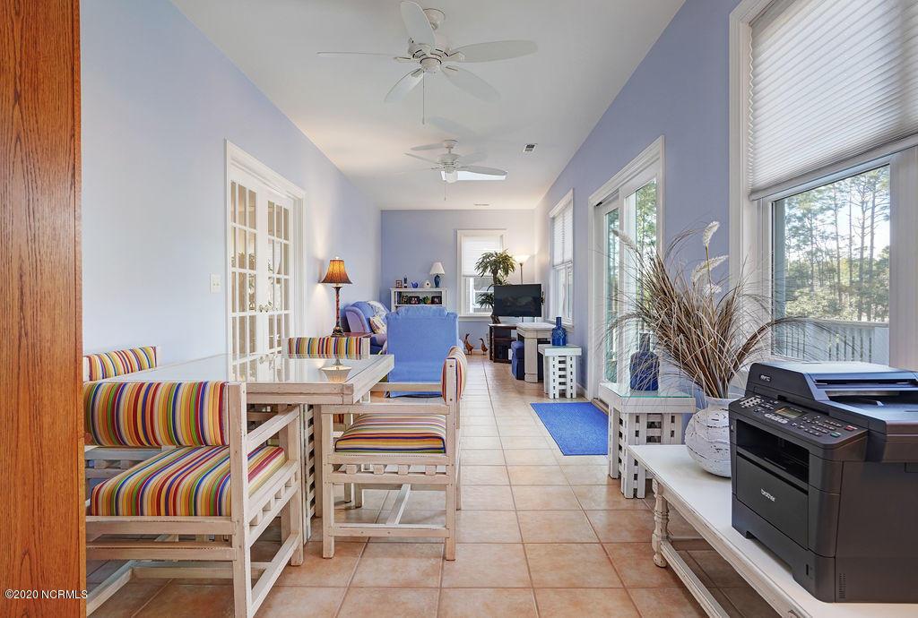 8935 Shipwatch Drive, Wilmington, North Carolina 28412, 4 Bedrooms Bedrooms, 8 Rooms Rooms,3 BathroomsBathrooms,Single family residence,For sale,Shipwatch,100219035