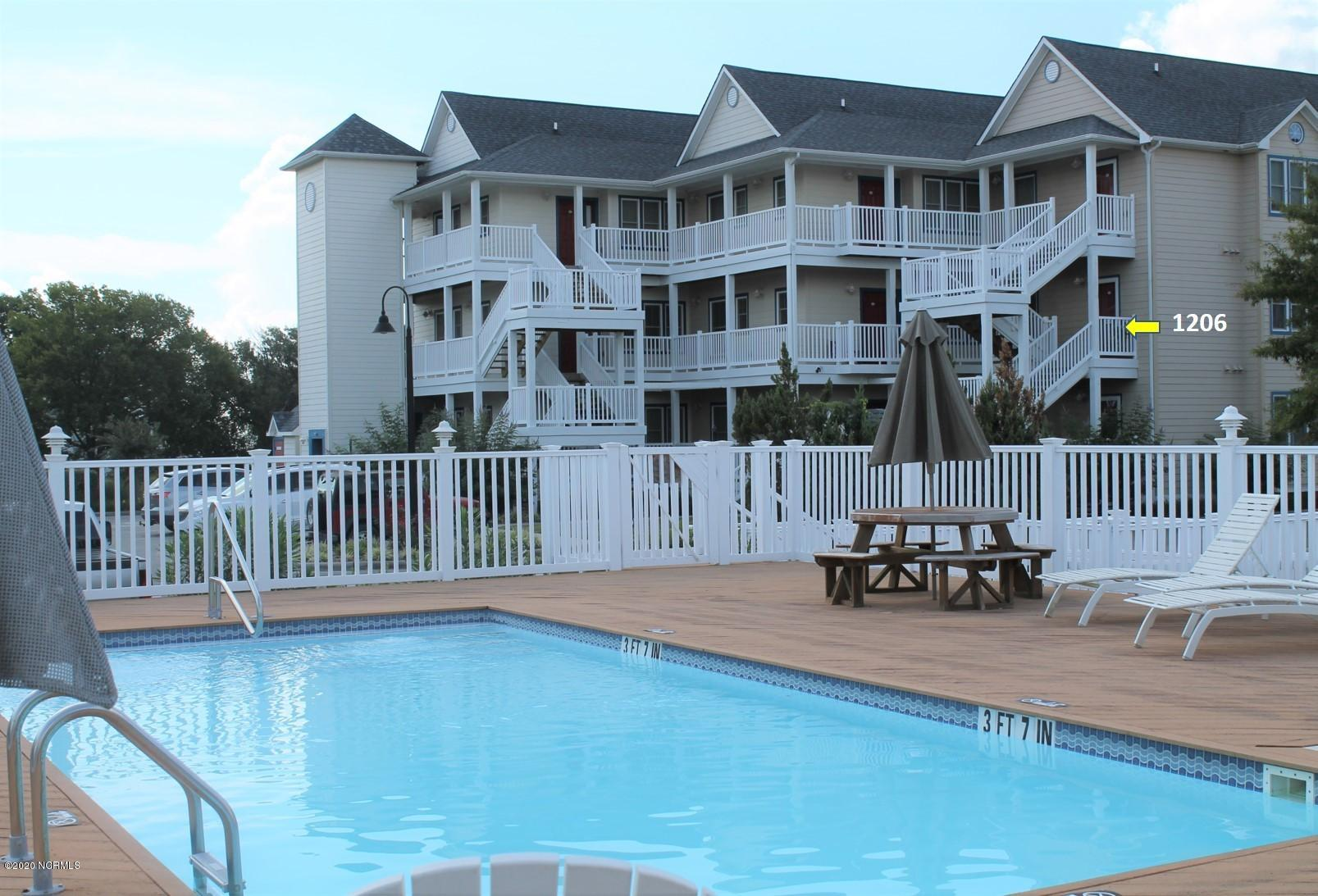 1206 Day Beacon Drive, Belhaven, North Carolina 27810, 2 Bedrooms Bedrooms, 5 Rooms Rooms,2 BathroomsBathrooms,Condominium,For sale,Day Beacon,100219654