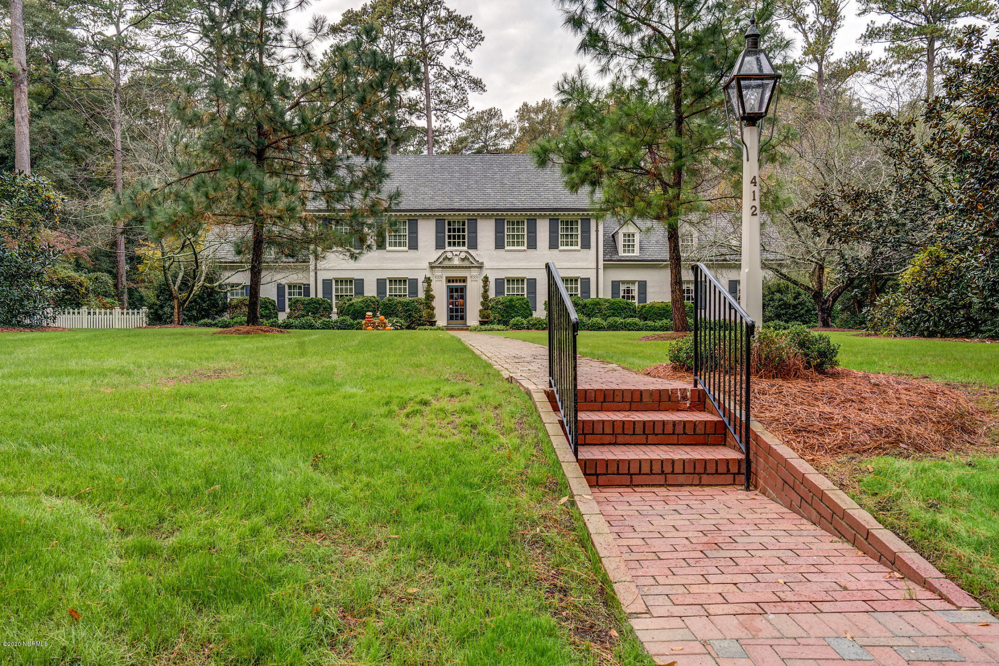 412 Wildwood Avenue, Rocky Mount, North Carolina 27803, 4 Bedrooms Bedrooms, 11 Rooms Rooms,3 BathroomsBathrooms,Single family residence,For sale,Wildwood,100220227