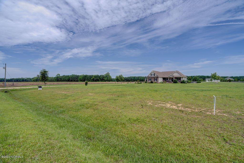 3142 Piney Woods Road, Burgaw, North Carolina 28425, 4 Bedrooms Bedrooms, 9 Rooms Rooms,3 BathroomsBathrooms,Single family residence,For sale,Piney Woods,100218684