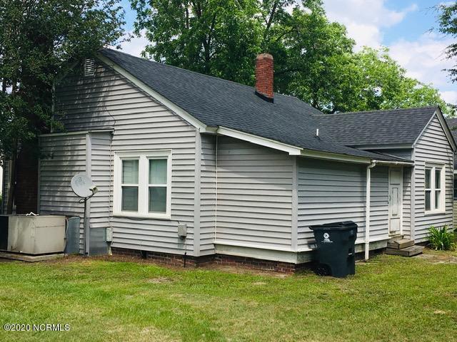 1005 King Street, Elizabethtown, North Carolina 28337, ,For sale,King,100220948