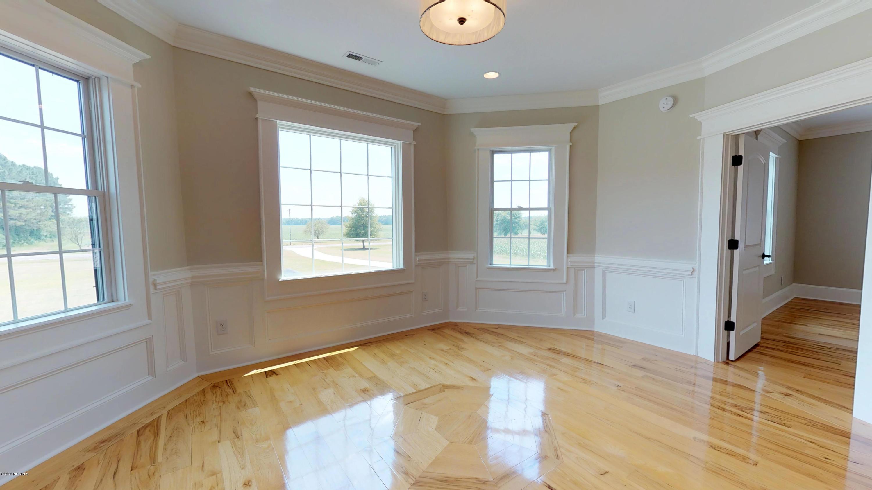 4666 Kings Crossroads Road, Greenville, North Carolina 27834, 4 Bedrooms Bedrooms, 13 Rooms Rooms,5 BathroomsBathrooms,Single family residence,For sale,Kings Crossroads,100222035