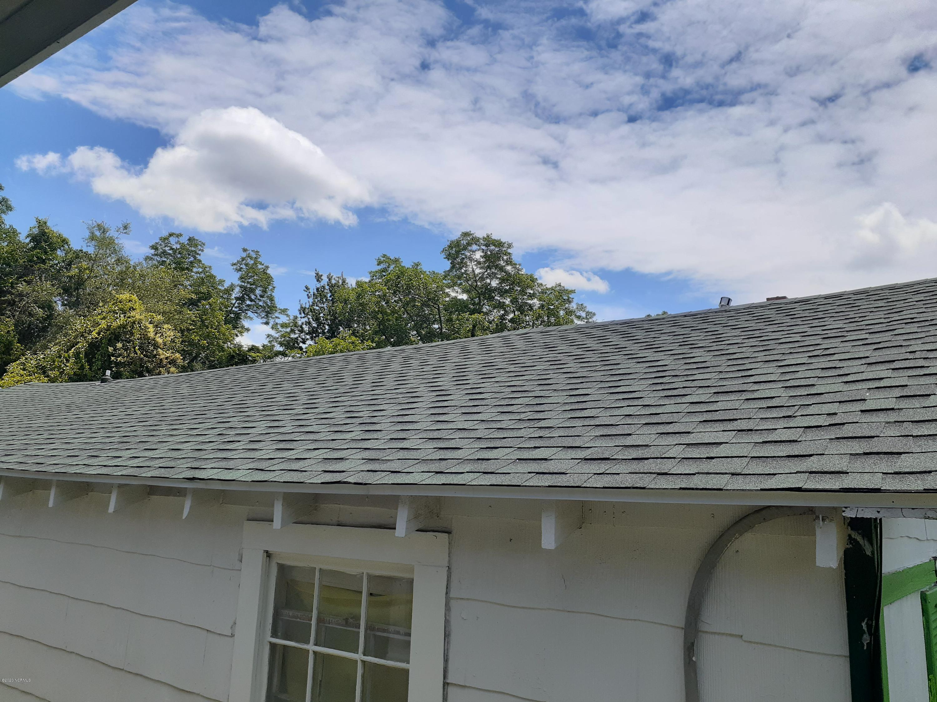 814 6th Street, Wilmington, North Carolina 28401, 3 Bedrooms Bedrooms, 5 Rooms Rooms,1 BathroomBathrooms,Single family residence,For sale,6th,100218686