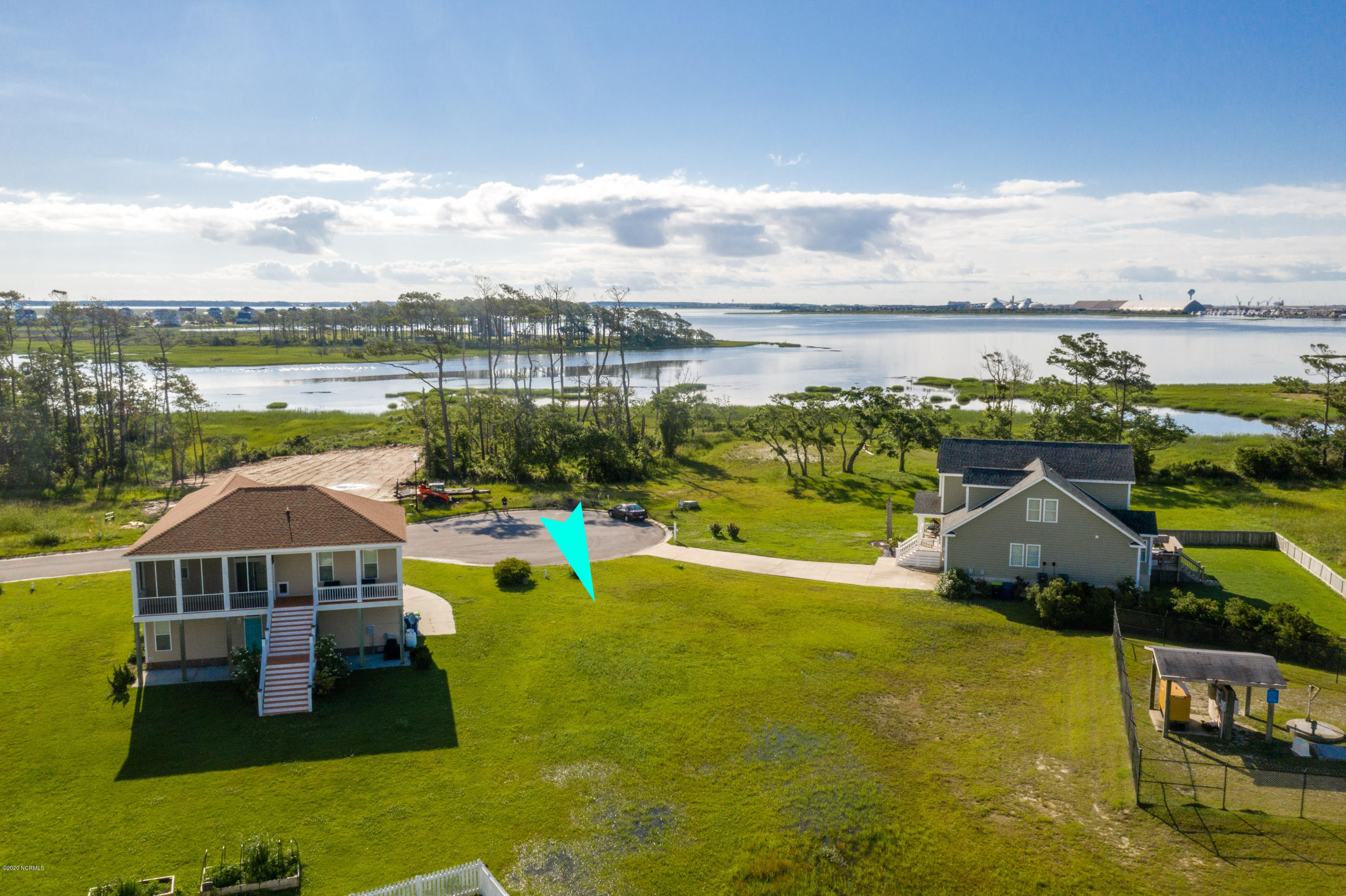 1303 Barnacle Lane, Morehead City, North Carolina 28557, ,Residential land,For sale,Barnacle,100173685