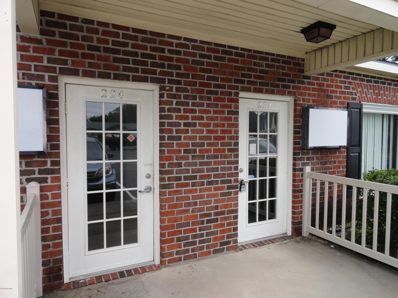 222/224 Stonebridge Square, Havelock, North Carolina 28532, ,For sale,Stonebridge,100223629