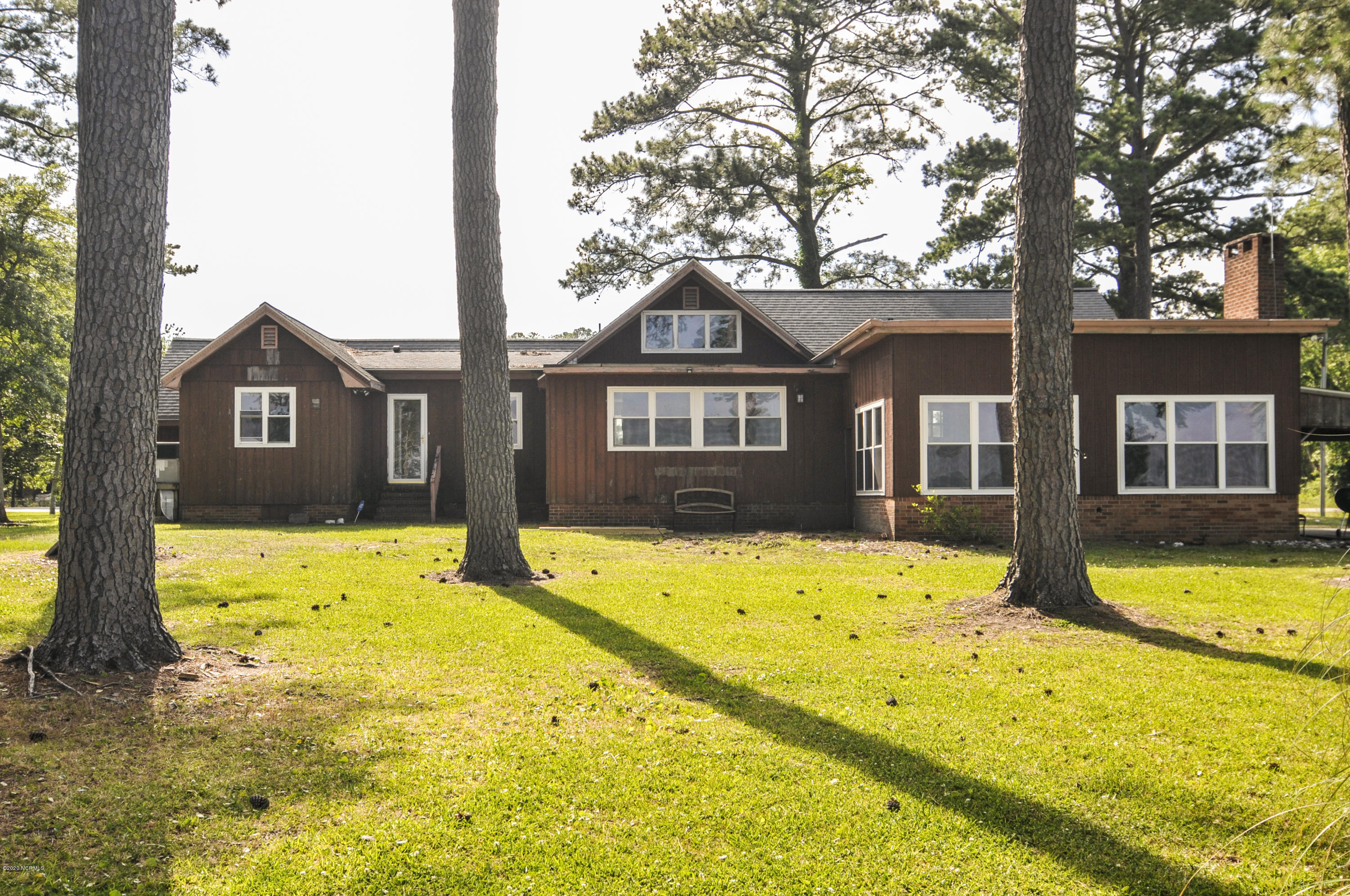 812 Hubs Rec Road, Belhaven, North Carolina 27810, 5 Bedrooms Bedrooms, 12 Rooms Rooms,3 BathroomsBathrooms,Single family residence,For sale,Hubs Rec,100224866