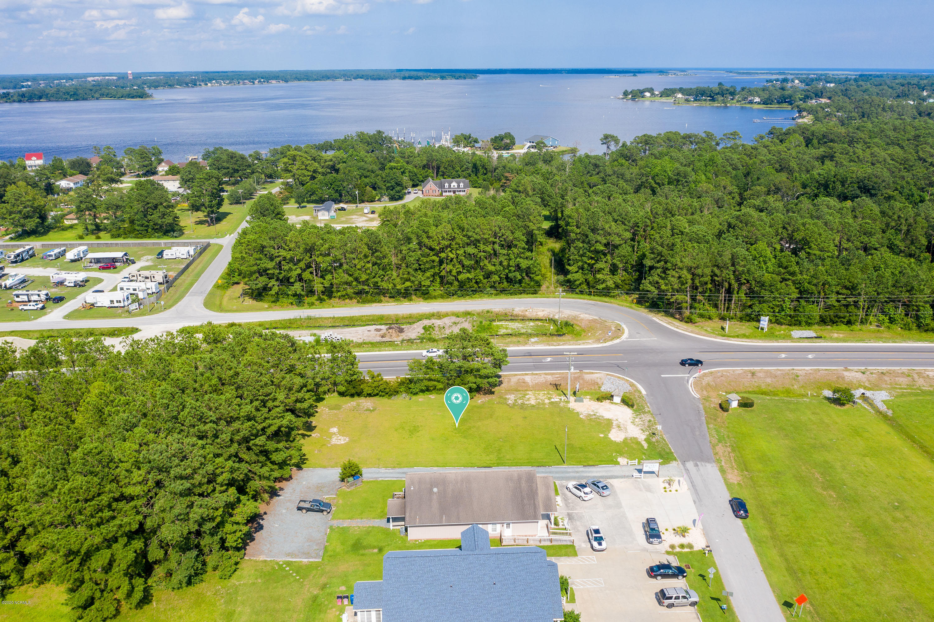 102 Lakeside Drive, Sneads Ferry, North Carolina 28460, ,Commercial/industrial,For sale,Lakeside,100224762