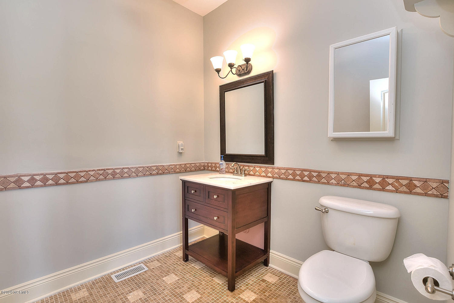 110 Shore Drive, Southport, North Carolina 28461, 3 Bedrooms Bedrooms, 6 Rooms Rooms,2 BathroomsBathrooms,Single family residence,For sale,Shore,100219701