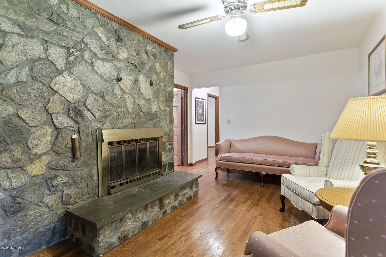1127 Wilson Avenue, Calabash, North Carolina 28467, 3 Bedrooms Bedrooms, 8 Rooms Rooms,2 BathroomsBathrooms,Single family residence,For sale,Wilson,100226749