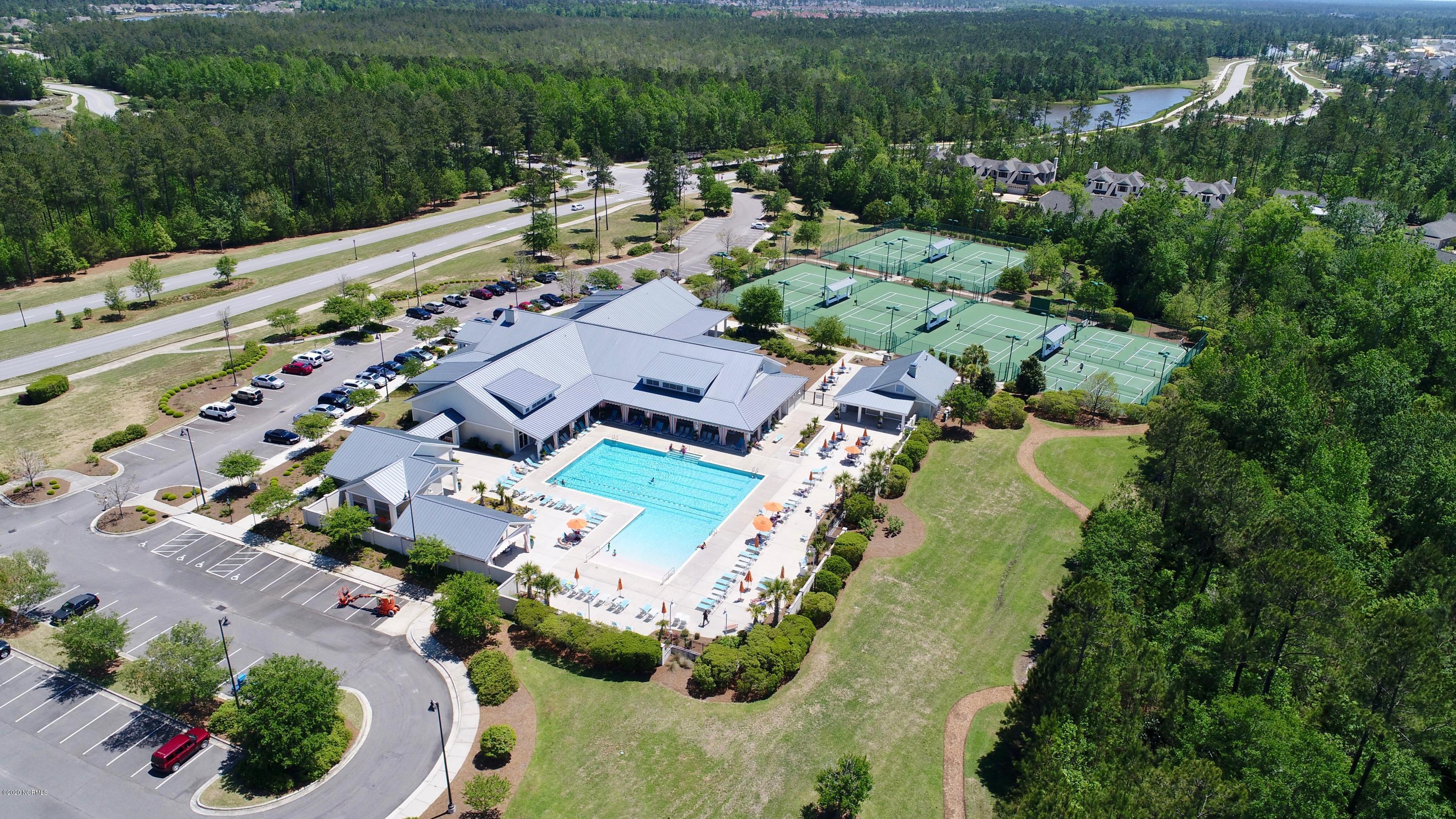 5033 Creswell Drive, Leland, North Carolina 28451, 4 Bedrooms Bedrooms, 9 Rooms Rooms,3 BathroomsBathrooms,Single family residence,For sale,Creswell,100227566