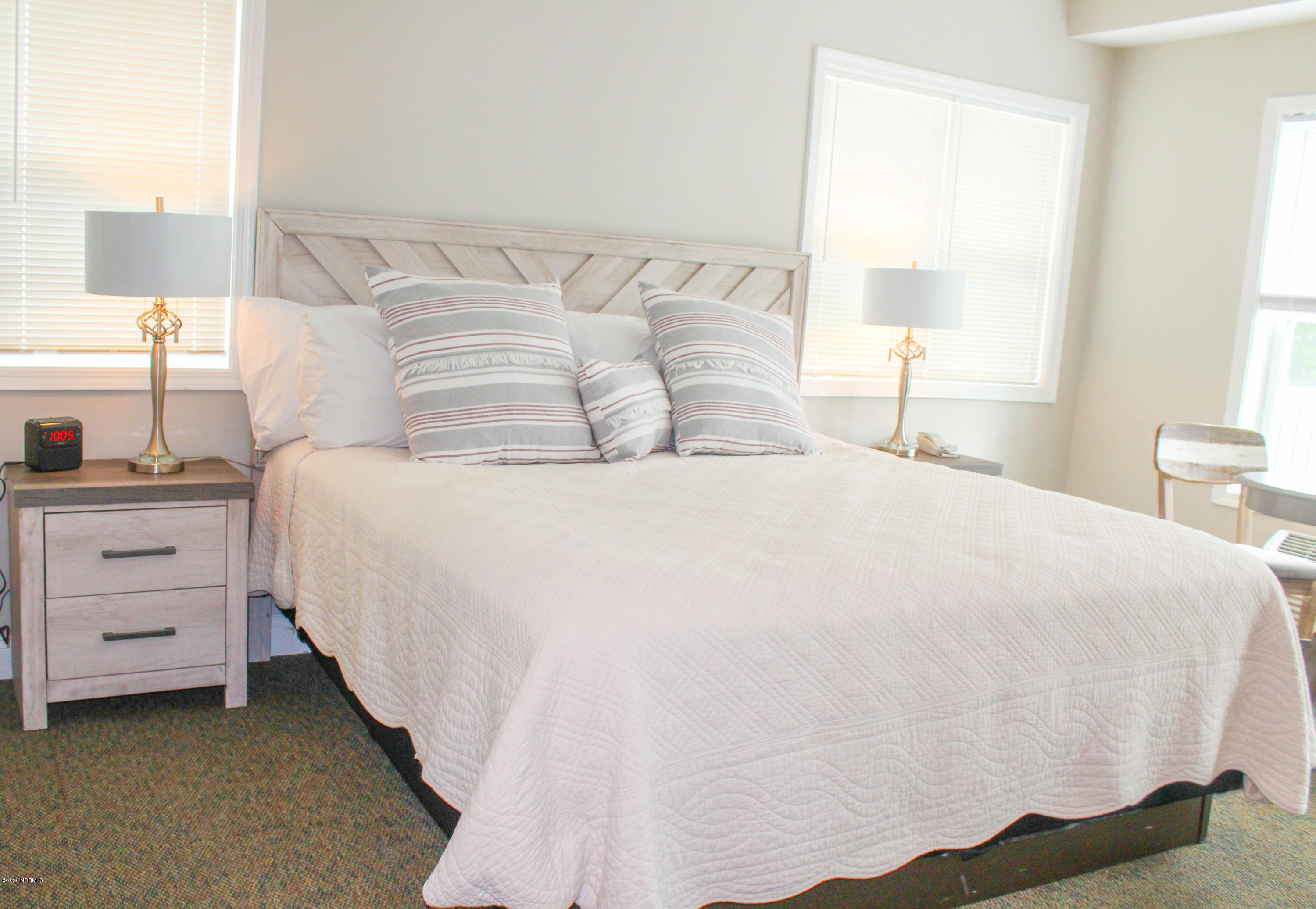 702 Moore Street, Southport, North Carolina 28461, 1 Bedroom Bedrooms, 2 Rooms Rooms,1 BathroomBathrooms,Condominium,For sale,Moore,100219512