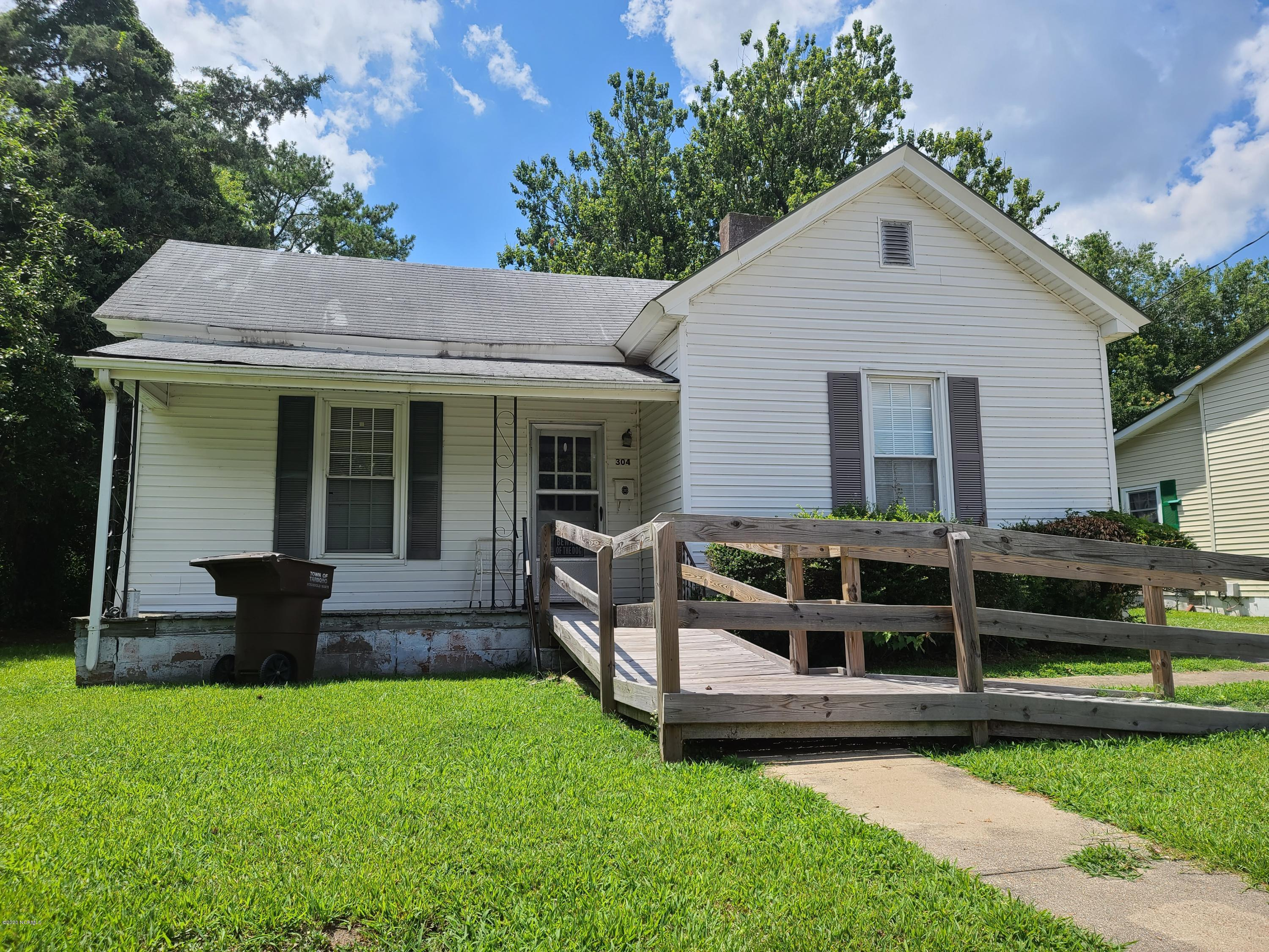 304 Walker Street, Tarboro, North Carolina 27886, 2 Bedrooms Bedrooms, 4 Rooms Rooms,1 BathroomBathrooms,Single family residence,For sale,Walker,100228089