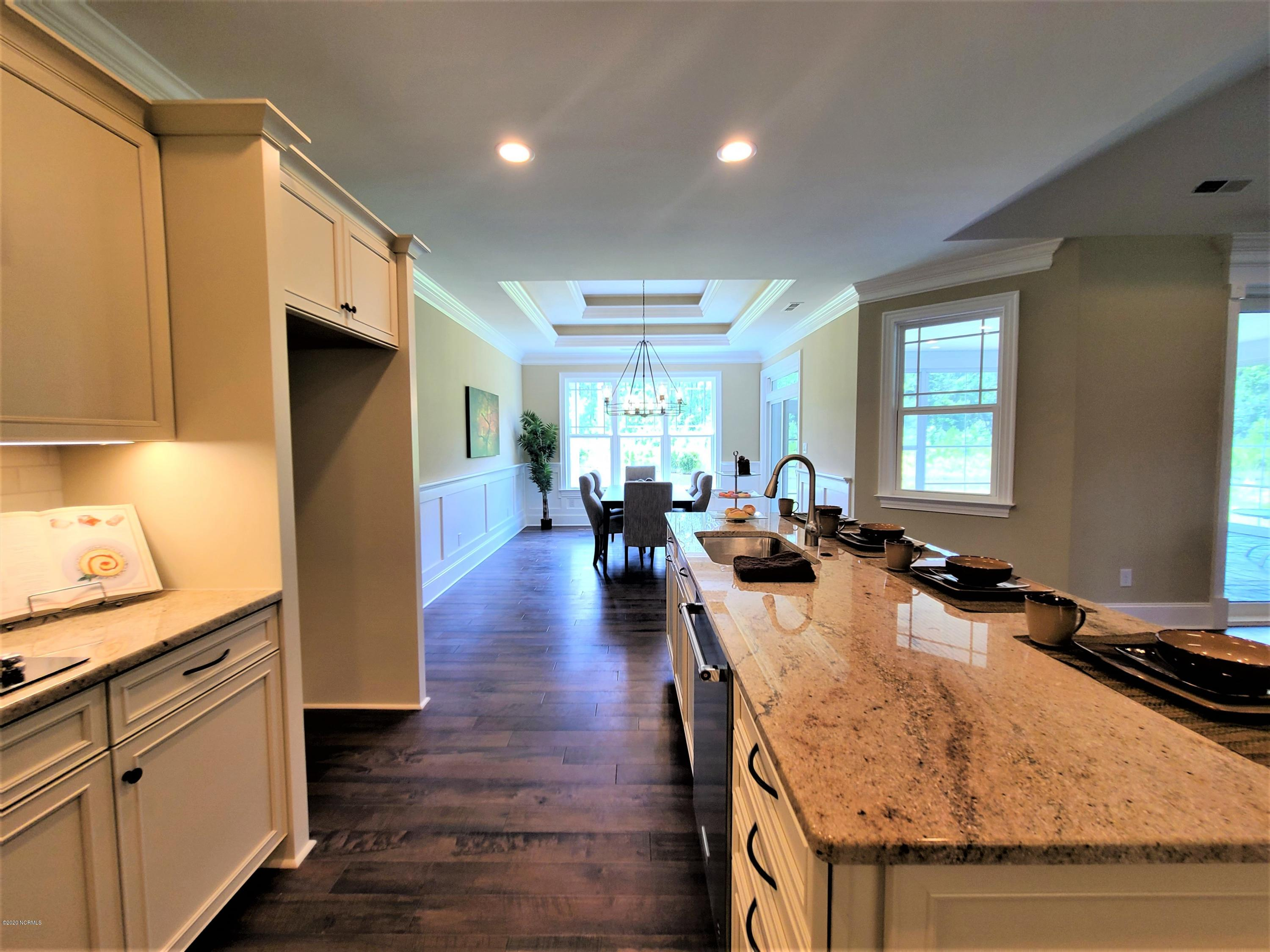 3012 Watercrest Loop, New Bern, North Carolina 28562, 3 Bedrooms Bedrooms, 8 Rooms Rooms,3 BathroomsBathrooms,Single family residence,For sale,Watercrest,100188687