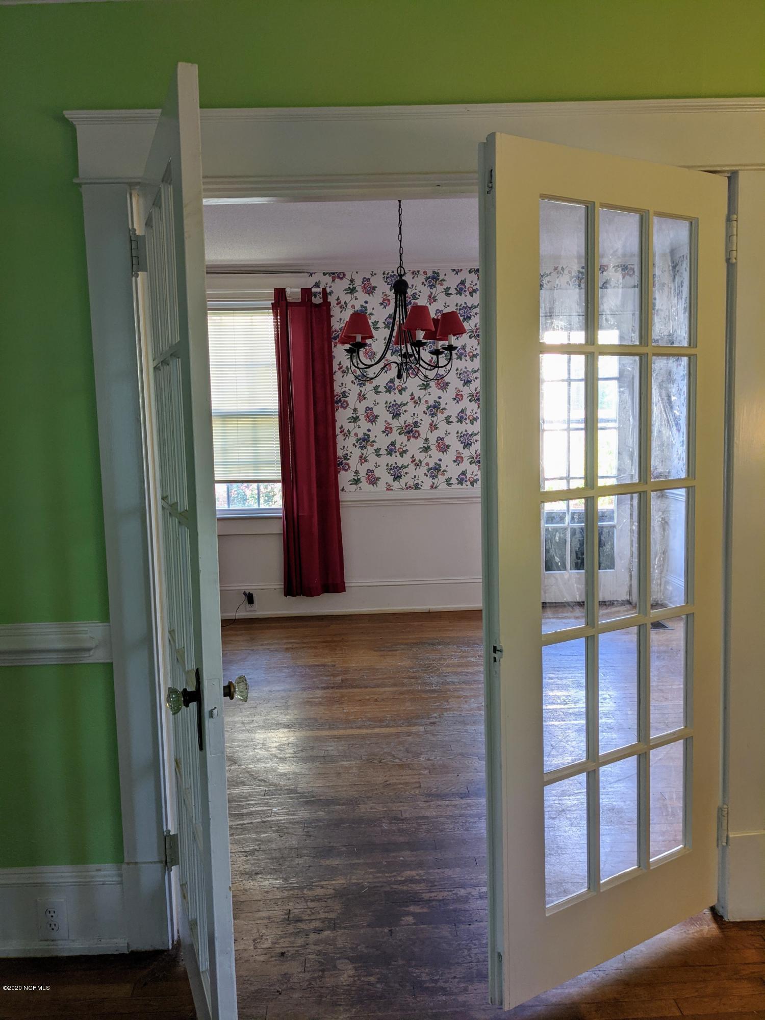 110 Church Street, Williamston, North Carolina 27892, 4 Bedrooms Bedrooms, 7 Rooms Rooms,3 BathroomsBathrooms,Single family residence,For sale,Church,100229991