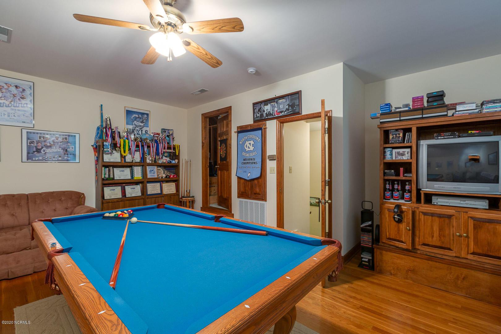 402 Briarwood Road, Warsaw, North Carolina 28398, 3 Bedrooms Bedrooms, 8 Rooms Rooms,2 BathroomsBathrooms,Single family residence,For sale,Briarwood,100231166