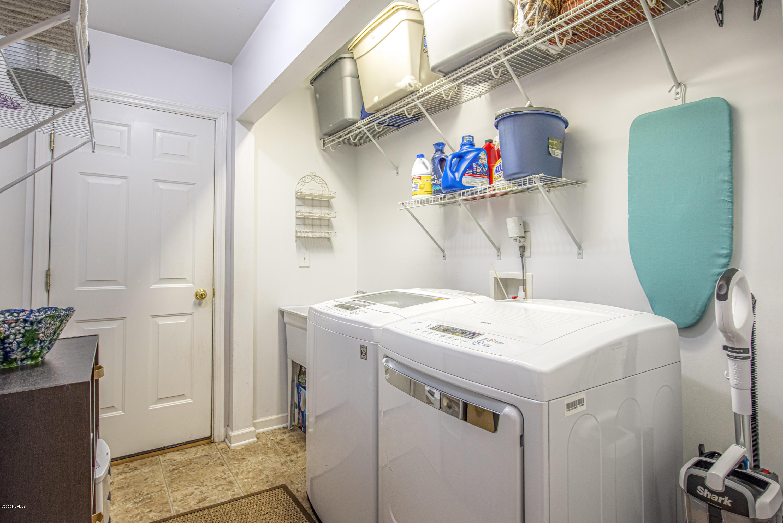 634 Phillips Drive, Minnesott Beach, North Carolina 28510, 2 Bedrooms Bedrooms, 6 Rooms Rooms,2 BathroomsBathrooms,Single family residence,For sale,Phillips,100230930