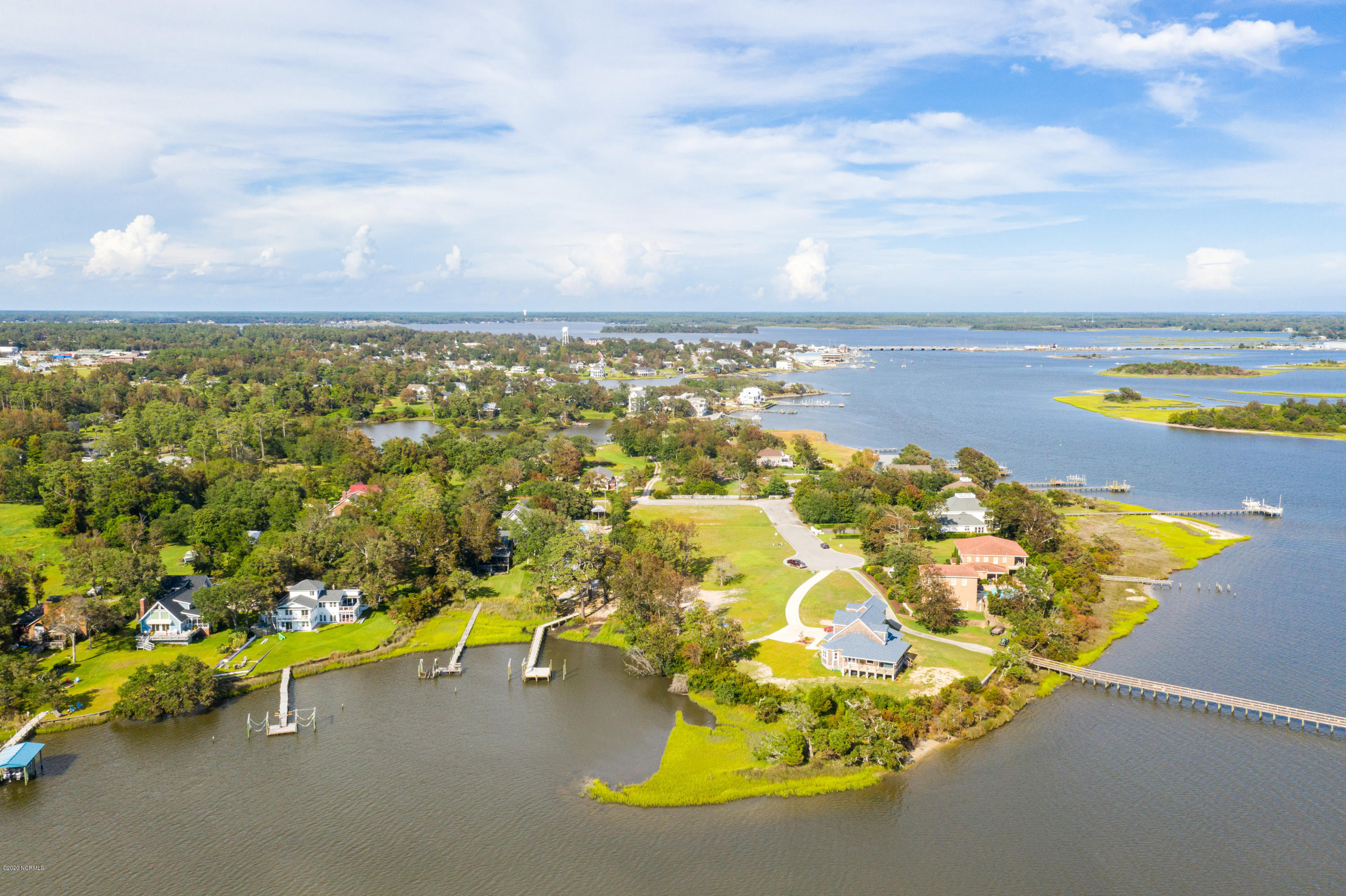 106 Point Drive, Swansboro, North Carolina 28584, ,Residential land,For sale,Point,100231077