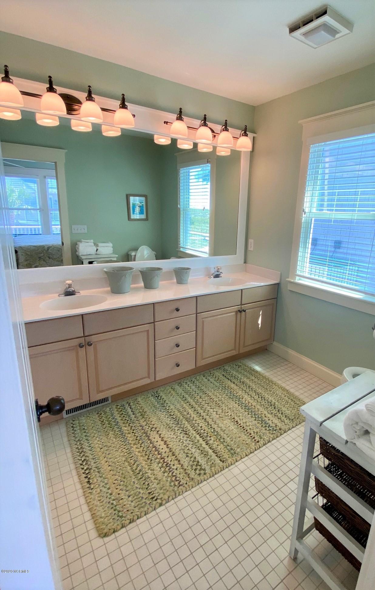 825 Bald Head Wynd, Bald Head Island, North Carolina 28461, 3 Bedrooms Bedrooms, 6 Rooms Rooms,3 BathroomsBathrooms,Single family residence,For sale,Bald Head Wynd,100231112