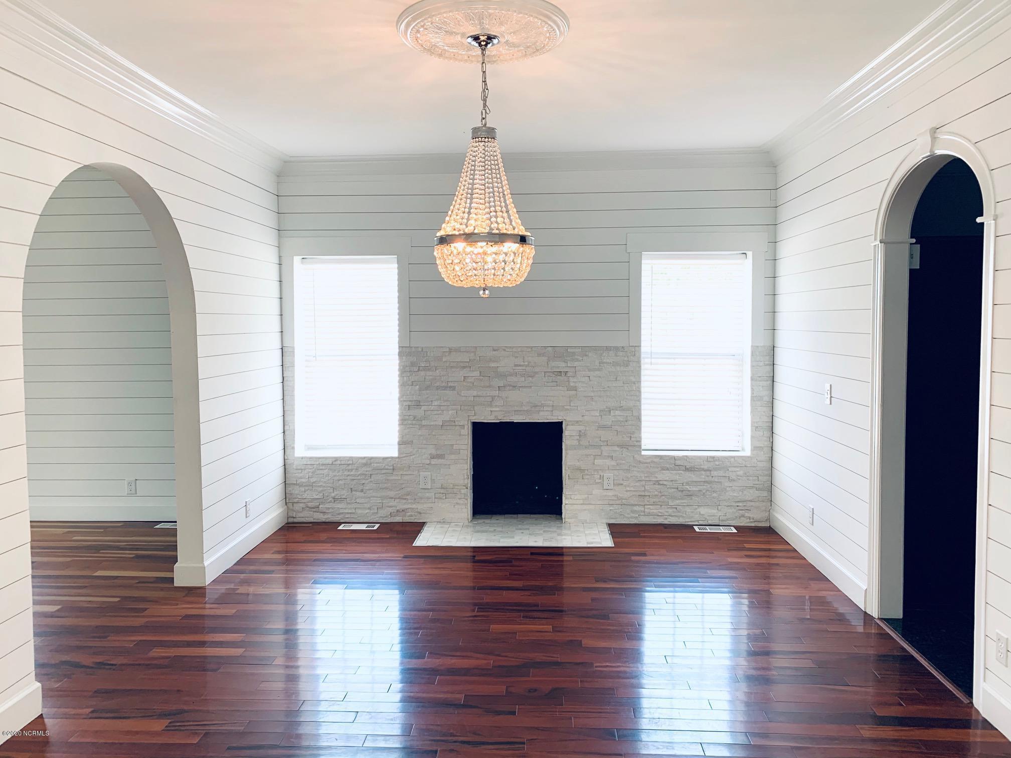 1702 Kerr Avenue, Wilmington, North Carolina 28405, 4 Bedrooms Bedrooms, 8 Rooms Rooms,2 BathroomsBathrooms,Single family residence,For sale,Kerr,100231306