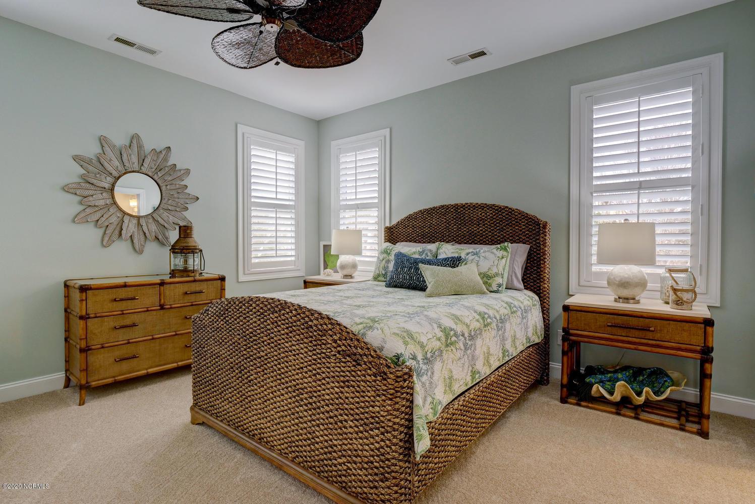 303 Marina View Drive, Southport, North Carolina 28461, 2 Bedrooms Bedrooms, 4 Rooms Rooms,2 BathroomsBathrooms,Condominium,For sale,Marina View,100231388