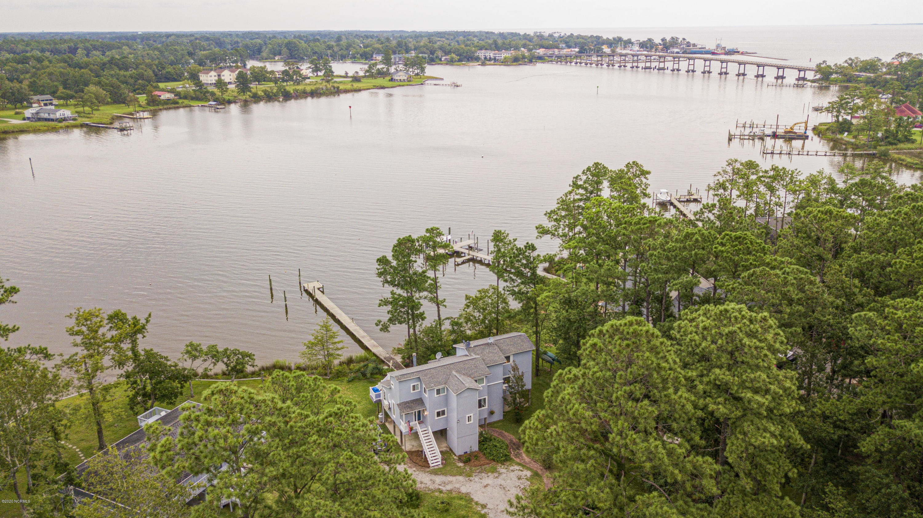 6107 Mainsail Point Road, Oriental, North Carolina 28571, 2 Bedrooms Bedrooms, 7 Rooms Rooms,3 BathroomsBathrooms,Single family residence,For sale,Mainsail Point,100232754