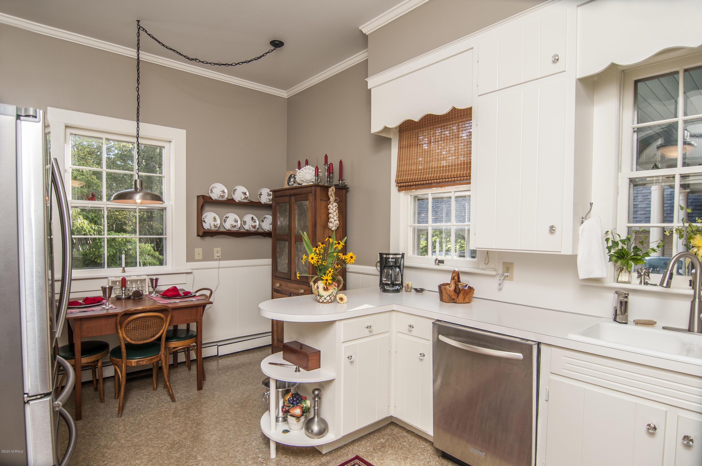 1308 Market Street, Washington, North Carolina 27889, 4 Bedrooms Bedrooms, 9 Rooms Rooms,2 BathroomsBathrooms,Single family residence,For sale,Market,100231713