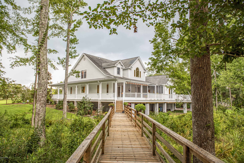 127 Spinnaker Lane, Havelock, North Carolina 28532, 3 Bedrooms Bedrooms, 9 Rooms Rooms,4 BathroomsBathrooms,Single family residence,For sale,Spinnaker,100232193