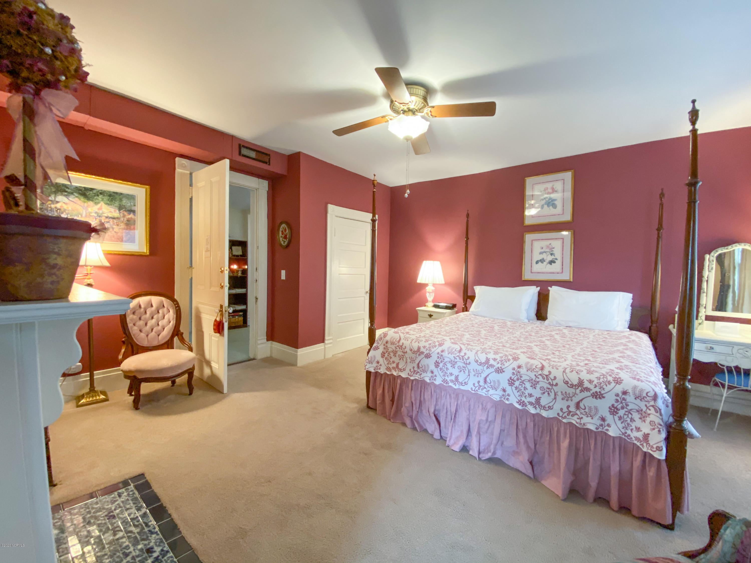 412 3rd Street, Wilmington, North Carolina 28401, 8 Bedrooms Bedrooms, 12 Rooms Rooms,8 BathroomsBathrooms,Single family residence,For sale,3rd,100228080