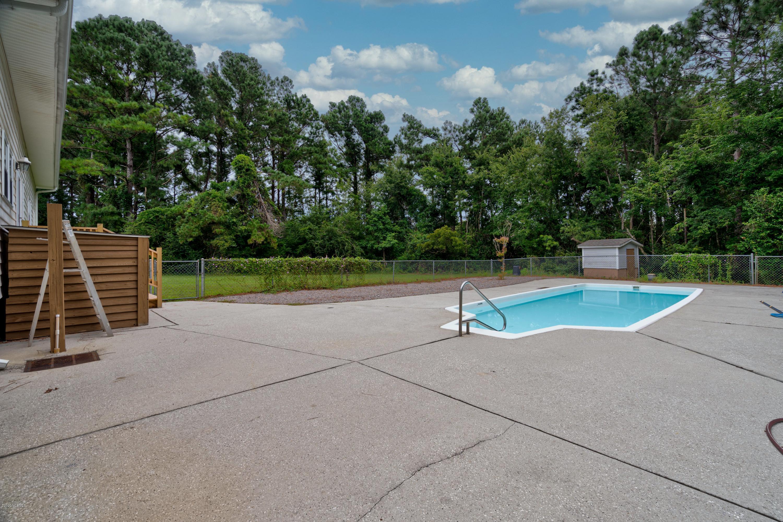 1934 Gordon Acres Drive, Wilmington, North Carolina 28411, 3 Bedrooms Bedrooms, 7 Rooms Rooms,2 BathroomsBathrooms,Single family residence,For sale,Gordon Acres,100231738