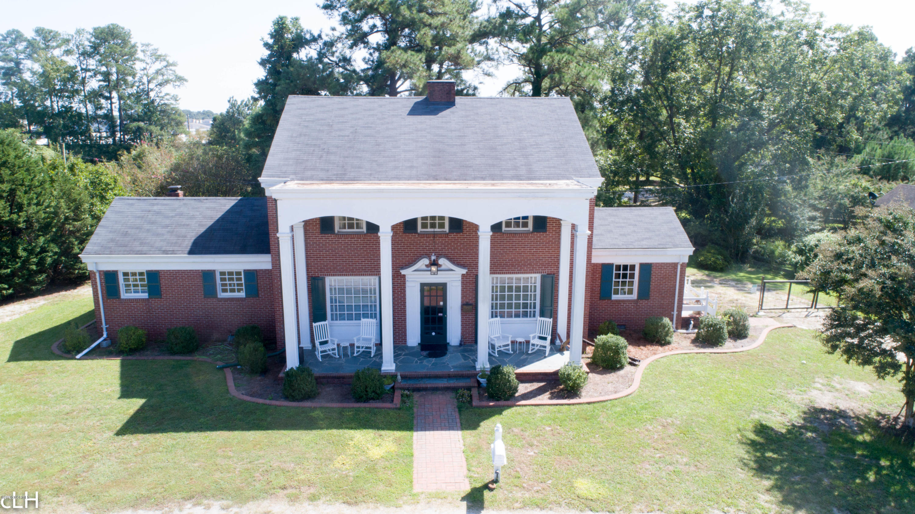 1721 Country Club Road, Rocky Mount, North Carolina 27804, 5 Bedrooms Bedrooms, 11 Rooms Rooms,4 BathroomsBathrooms,Single family residence,For sale,Country Club,100238207