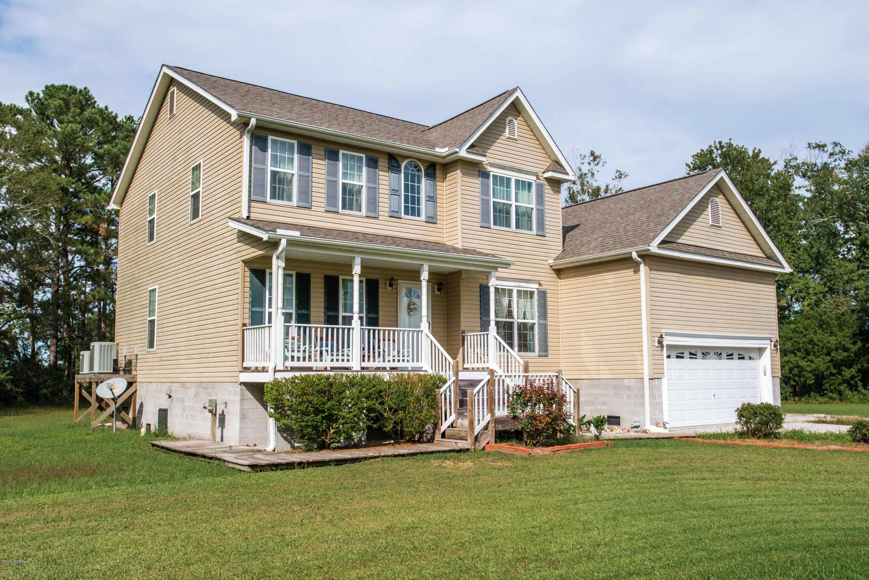 4559 Janiero Road, Arapahoe, North Carolina 28510, 4 Bedrooms Bedrooms, 8 Rooms Rooms,2 BathroomsBathrooms,Single family residence,For sale,Janiero,100238566