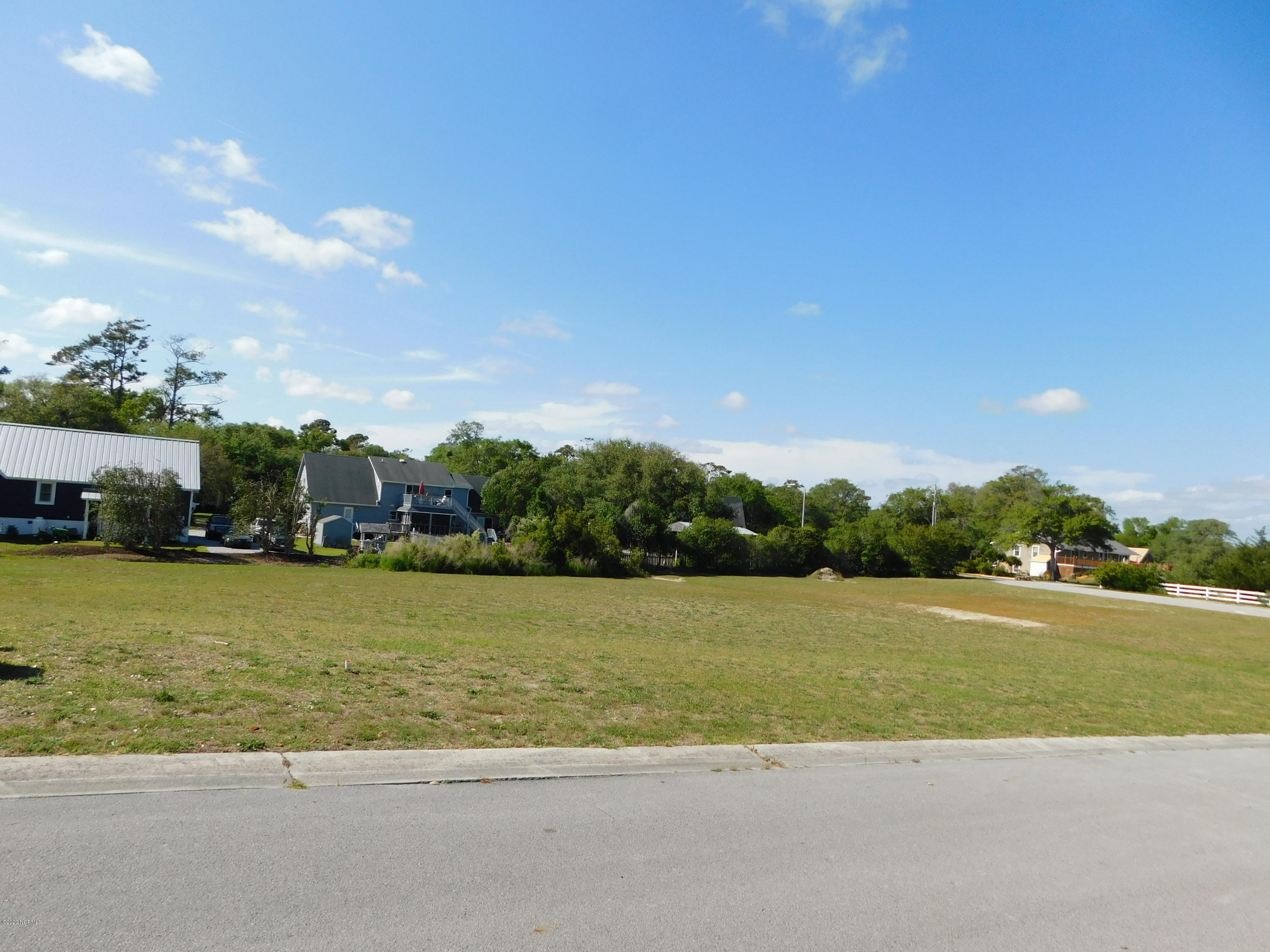 Lot 2 Point Drive, Swansboro, North Carolina 28584, ,Residential land,For sale,Point,100238753