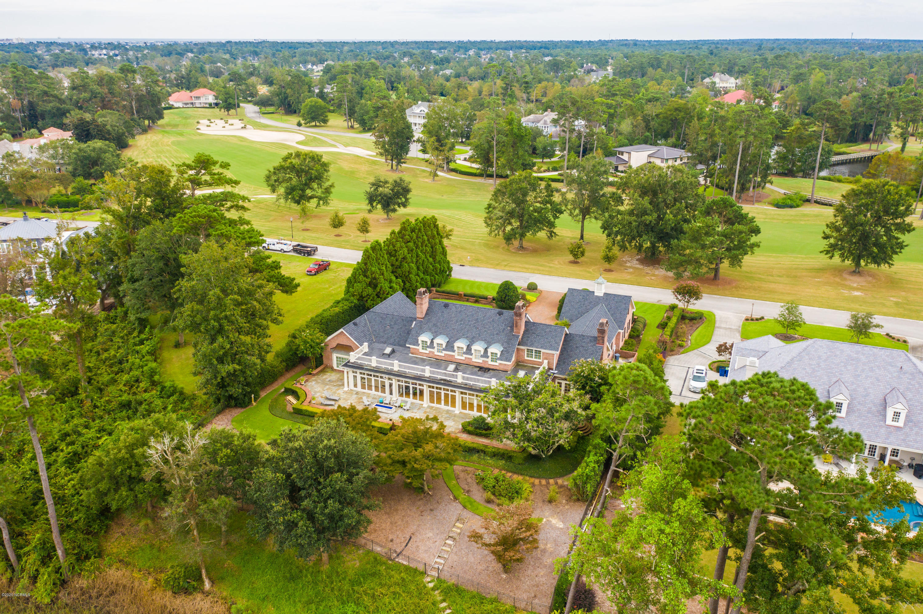 613 Dundee Place, Wilmington, North Carolina 28405, 5 Bedrooms Bedrooms, 12 Rooms Rooms,4 BathroomsBathrooms,Single family residence,For sale,Dundee,100239112