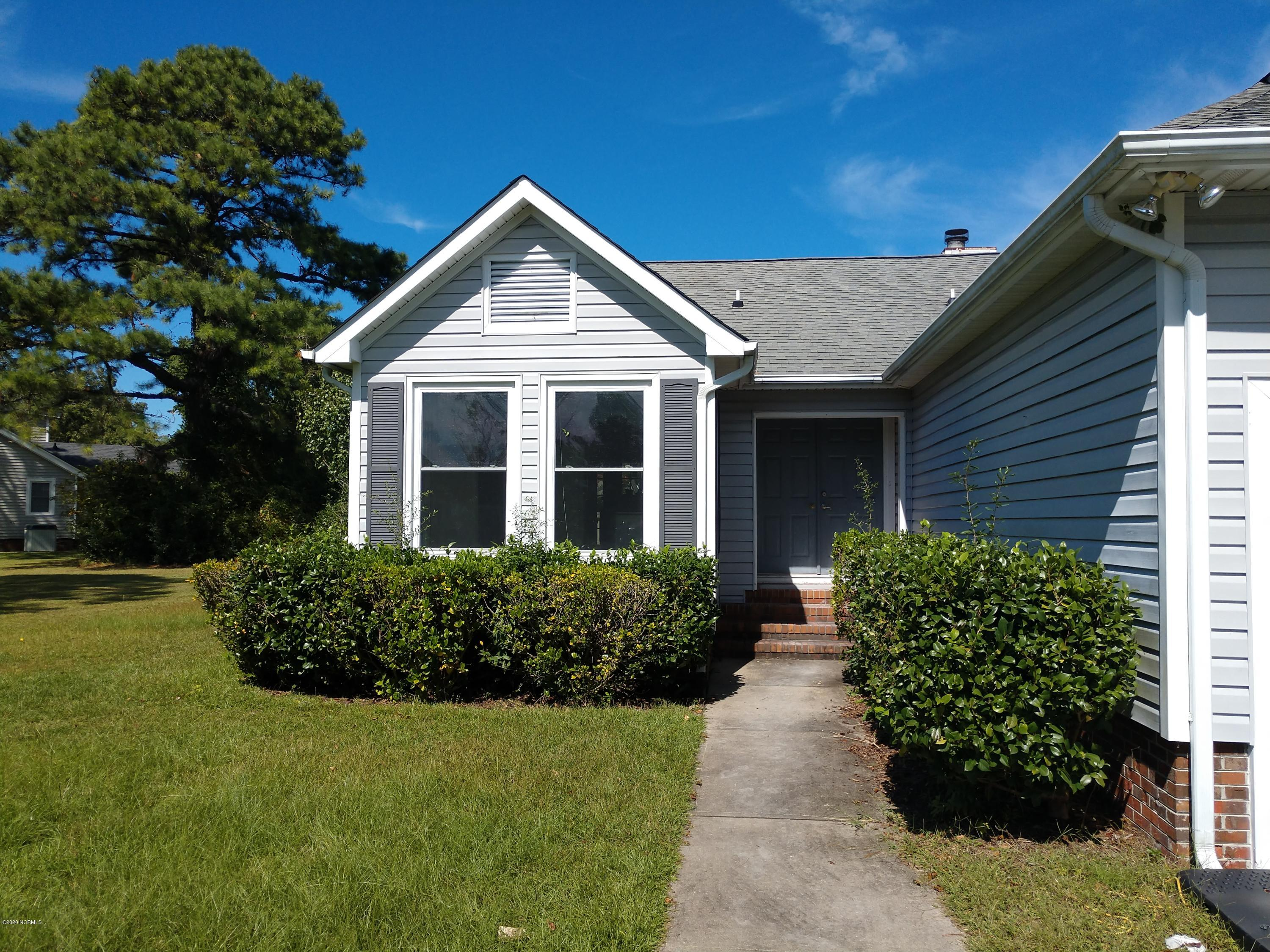 6113 Schooner Court, New Bern, North Carolina 28560, 3 Bedrooms Bedrooms, 7 Rooms Rooms,2 BathroomsBathrooms,Single family residence,For sale,Schooner,100239830