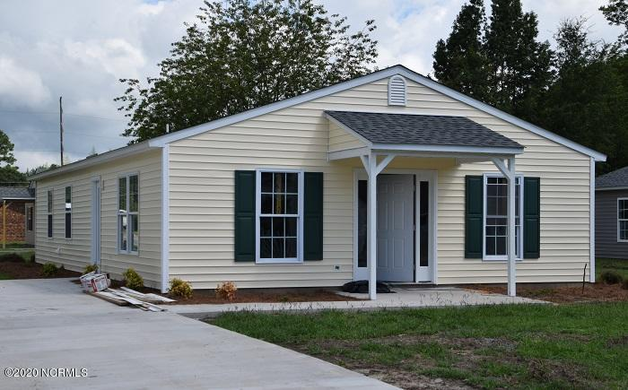 103 North Street, Warsaw, North Carolina 28398, 3 Bedrooms Bedrooms, 5 Rooms Rooms,2 BathroomsBathrooms,Single family residence,For sale,North,100240664