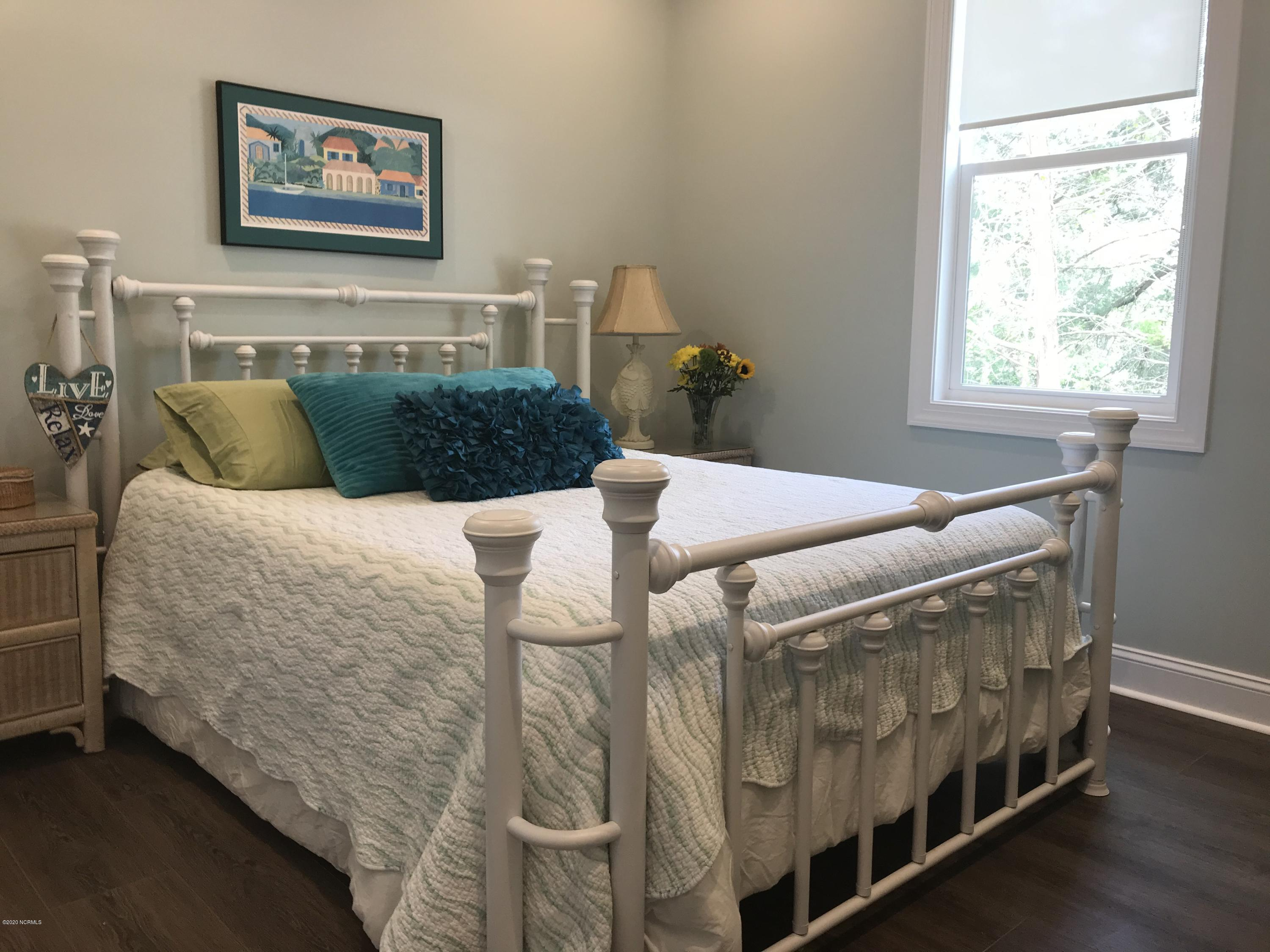 106 Evergreen Lane, Pine Knoll Shores, North Carolina 28512, 3 Bedrooms Bedrooms, 5 Rooms Rooms,2 BathroomsBathrooms,Single family residence,For sale,Evergreen,100190225